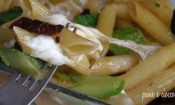 Pasta al forno Zucchine Pomodori secchi e Mozzarella