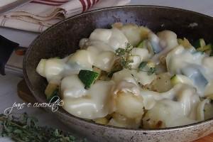 Zucchine e patate alla mozzarella della mamma