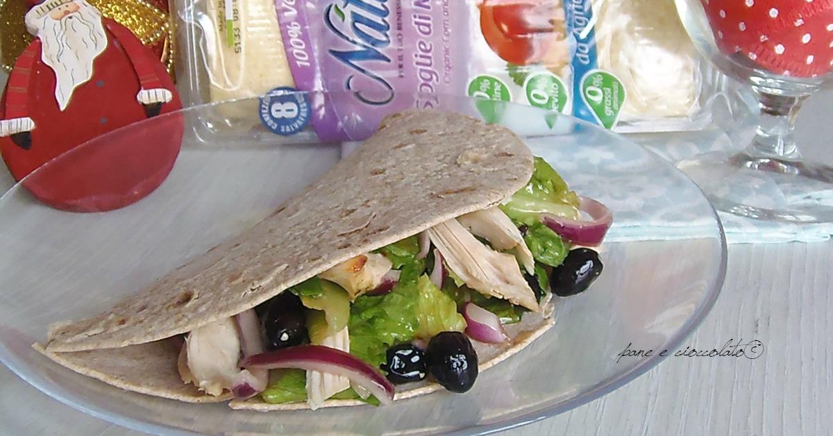 Piadina integrale con pollo ed insalata