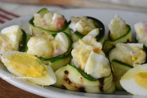 Rotolini di zucchine farciti