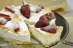 Come fare la torta paradiso alle fragole