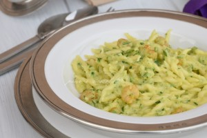 Trofie zucchine zafferano e gamberetti