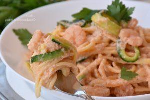 Spaghetti allo stracchino zucchine e gamberi