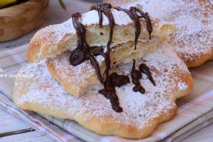 Frittelle ricetta da luna park con e senza lievitazione