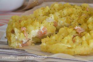 Sbriciolata di patate salmone e philadelphia