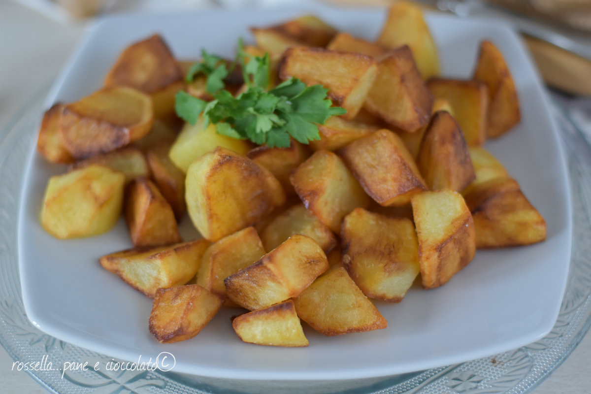 Patate in padella croccanti con il trucco del microonde for Ricette microonde
