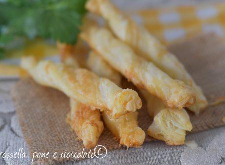 Bastoncini al Parmigiano con 2 ingredienti