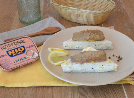 Tramezzini alla Robiola limone e Filetti di Sardine all'Olio di Oliva