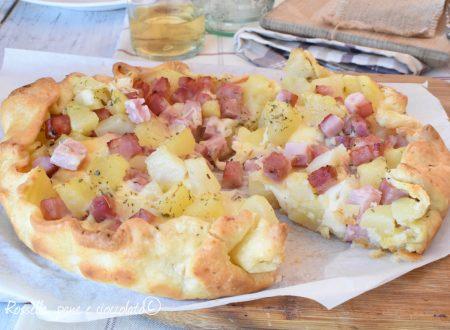 Torta sfogliata patate prosciutto e provola