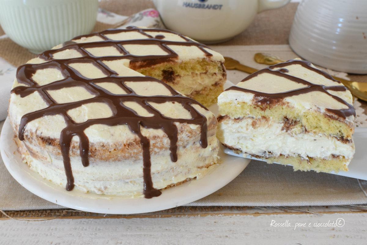TORTA Impasto Pan di Spagna Chantilly e Cioccolato