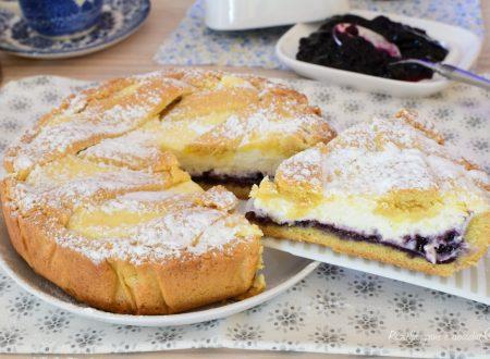 Crostata di Pasta Frolla DOLCE Ripieno di Ricotta e Confettura di Mirtilli