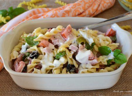 INSALATA di PASTA con Salsa allo Yogurt Greco leggera