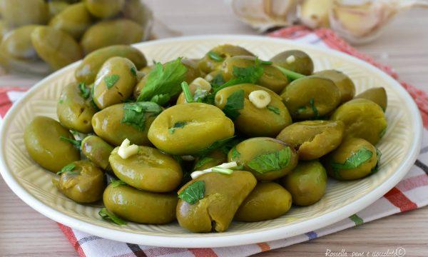 Olive Schiacciate da Contorno