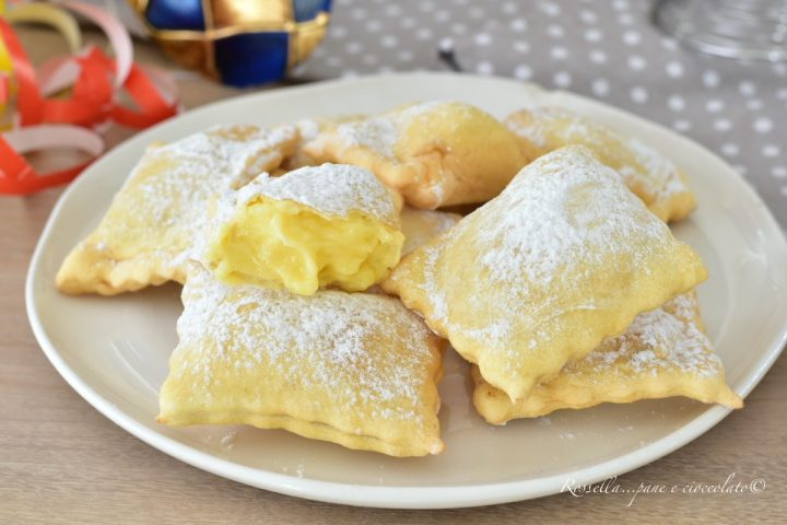 ravioli di carnevale ravioli dolci crema pasticciera