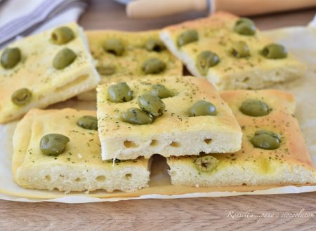 FOCACCIA Furba alle Olive Ricetta morbida da Antipasto