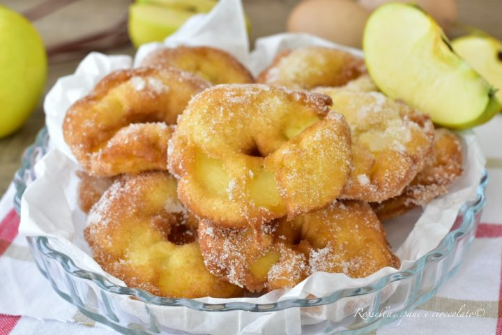 frittelle di mele ricetta dolce pastella frittelle di carnevale ricetta con le mele