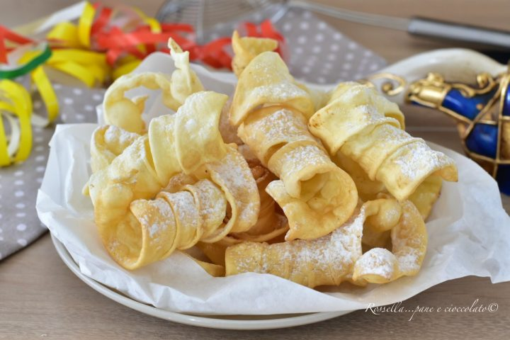 Molle DOLCI di Carnevale Ricetta friabile al Forno o fritta
