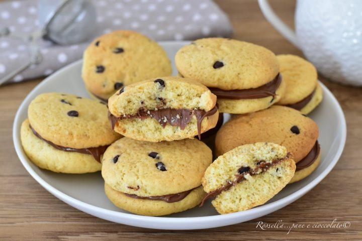 biscotti alle gocce di cioccolato nutella ricetta dolci ripieni