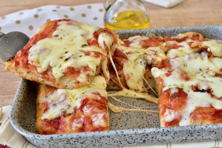 PIZZA Fatta in Casa con 3 g di Lievito RICETTA leggera e digeribile