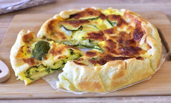Sfoglia di Zucchine e Mozzarella Torta da ANTIPASTO veloce