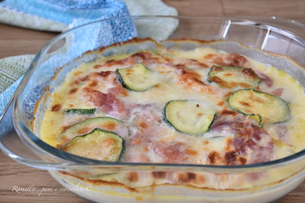 Ricetta Verdure Besciamella.Zucchine Gratinate Alla Besciamella Ricetta Piatto Contorno O Secondo Rossella Pane E Cioccolato