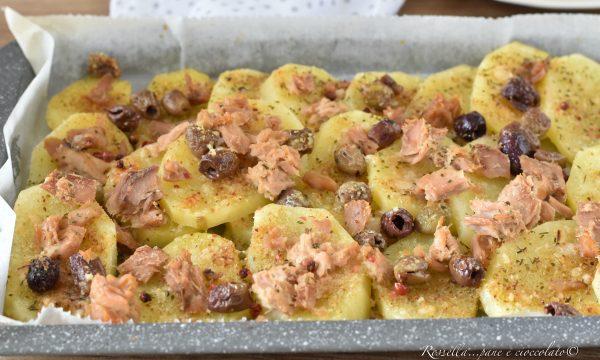 PATATE alla Siciliana con Olive e tonno la ricetta del Contorno al Forno tipico!