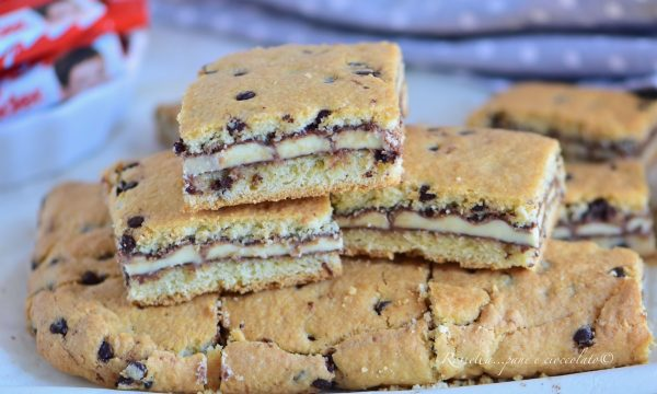 Crostata Cookie alle Barrette Kinder il Dolce con Pasta frolla irresistibile