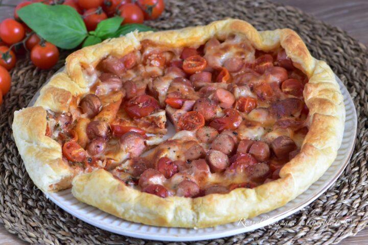 TORTA Pizza ai Wurstel di Sfoglia con Mozzarella RICETTA veloce