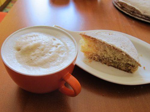 Torta Margherita con crema di nocciole