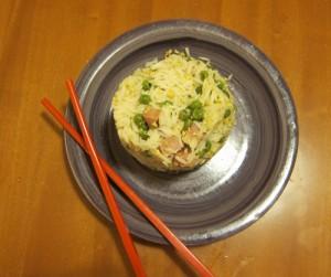 Con un coppapasta fai da te anche il riso alla cantonese sembra chic!