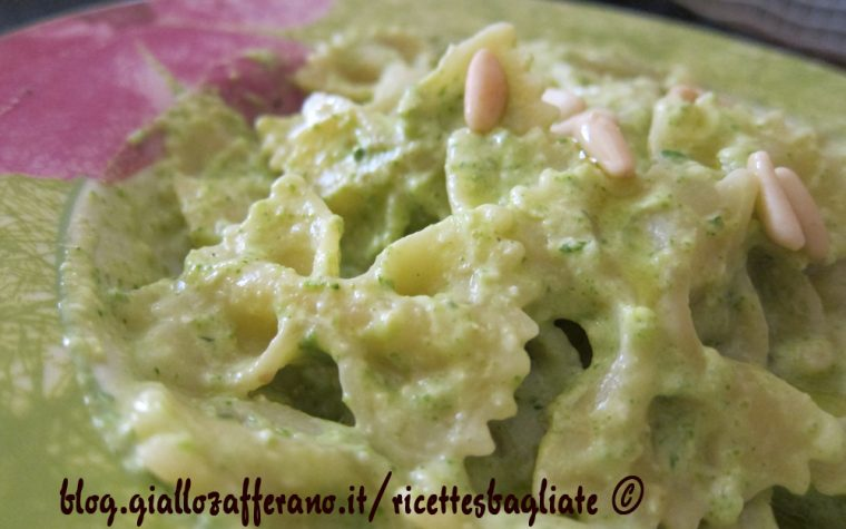 Pesto di zucchine e robiola