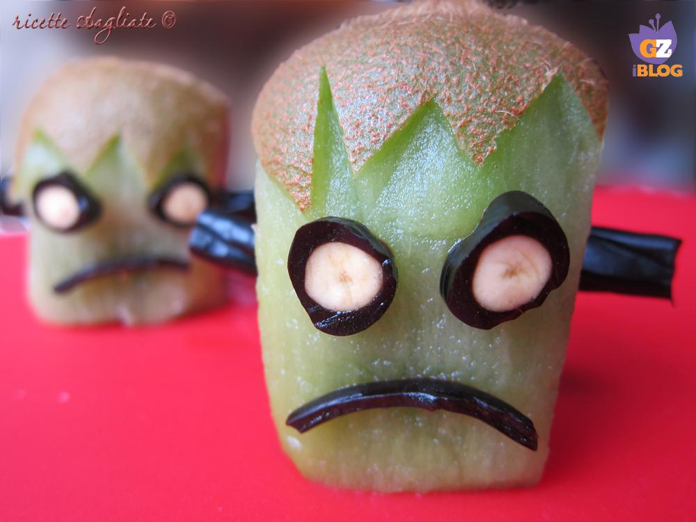 mostruoso kiwi frankenstein di Halloween