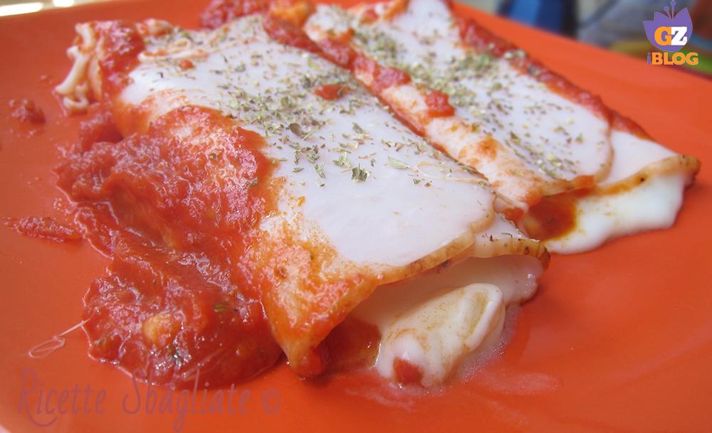 Involtini di prosciutto ripieni di formaggio filante