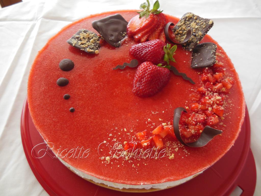 cheesecake alle fragole decorazione