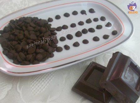 Gocce di cioccolato casalinghe – ricetta economica