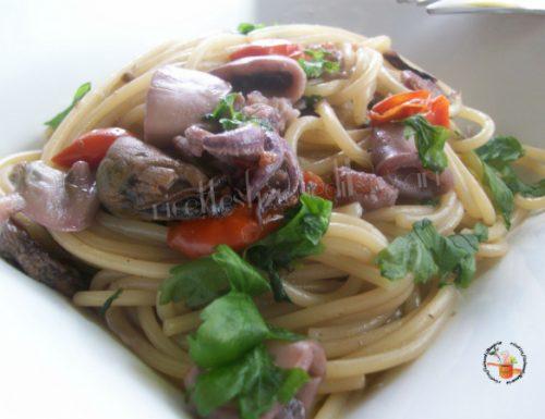 Spaghetti risottati con pesce e radicchio