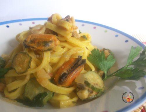 Tagliatelle pesce e zucchine – ricetta primo di pesce