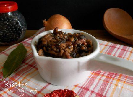 Risotto con fagioli neri e speck – ricetta primo appetitoso