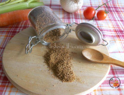 Dado vegetale e di carne granulare casalingo