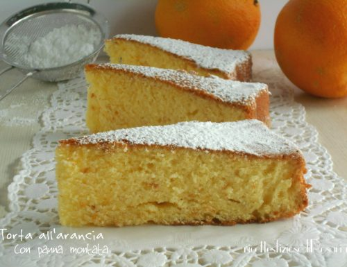 Torta all'arancia con panna montata