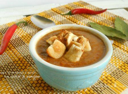 Zuppa di lenticchie e zucca con crostini al parmigiano