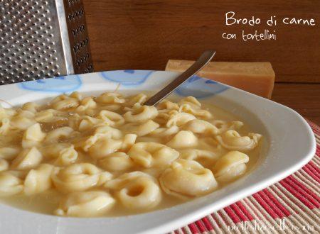 Brodo di carne con tortellini – ricetta base classica