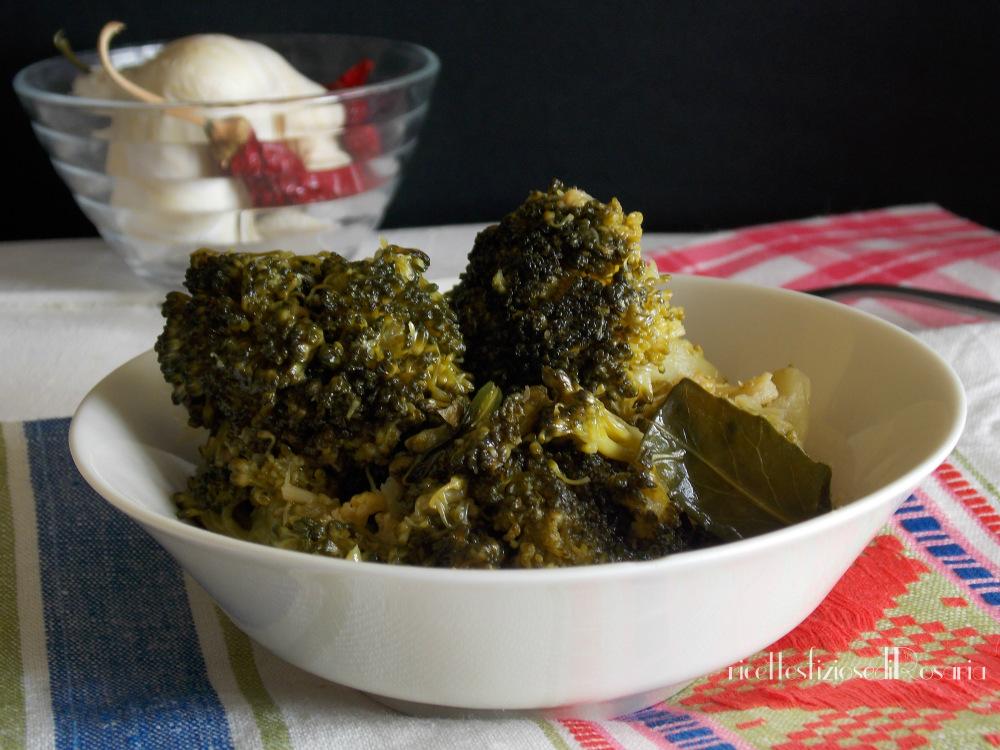 Broccolo siciliano affogato - ricetta contorno saporito