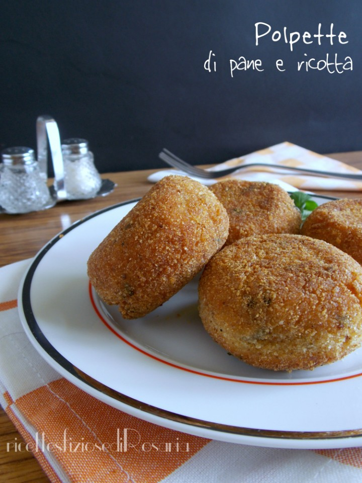 Polpette di pane e ricotta fritte - ricetta di riciclo