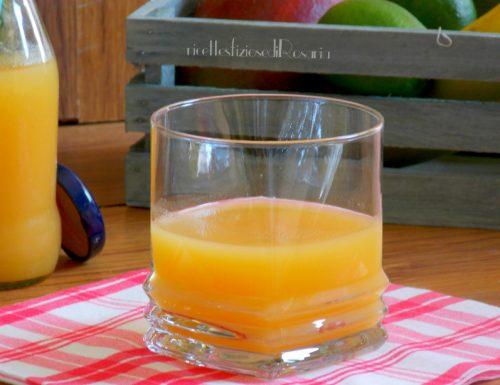 Succo di frutta tropicale