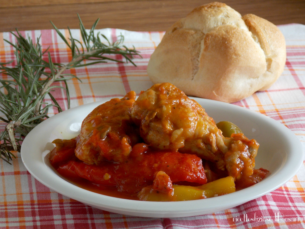 Ali di pollo con peperoni alla romana