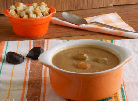 Zuppa di castagne e funghi misti
