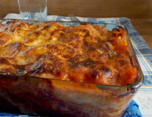 Lasagna con polpettine di carne macinata
