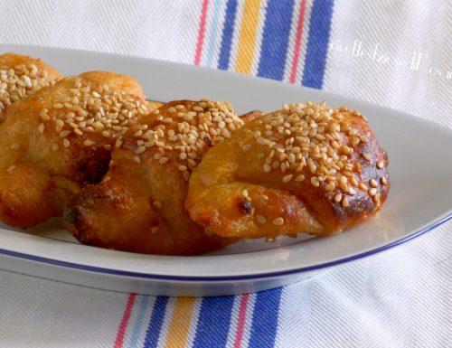 Cornetti di patate ripieni di mortadella