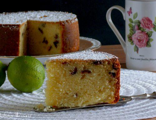 Torta con lime e mirtilli rossi
